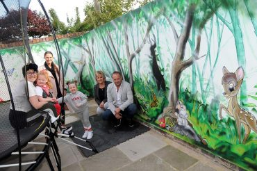 Kind-hearted strangers give Kirsty's garden a make-over
